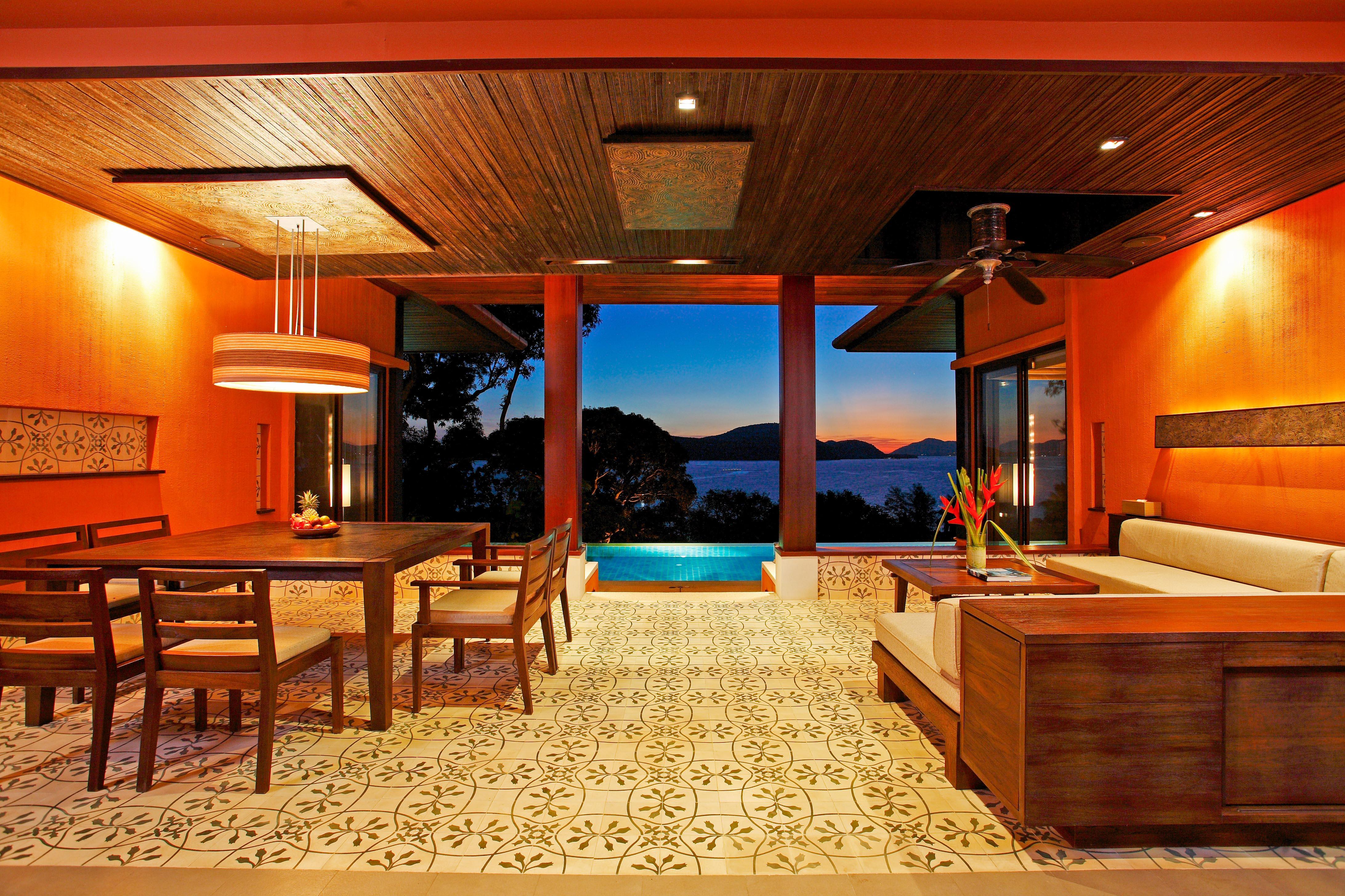 20 Two Bedroom Family Suite Ocean